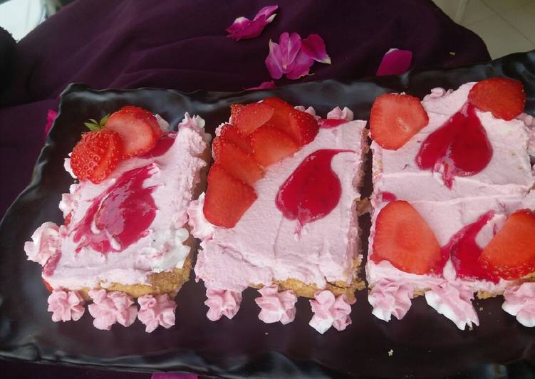 Simple Way to Make Perfect Individual no bake strawberry cheesecake