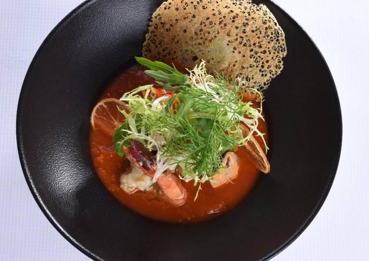 Calamari with spicy tomato fondue