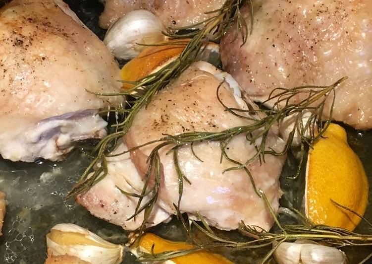 Foods That Can Make Your Mood Better Chicken Roasted With Lemon & Rosemary 🍋🌿