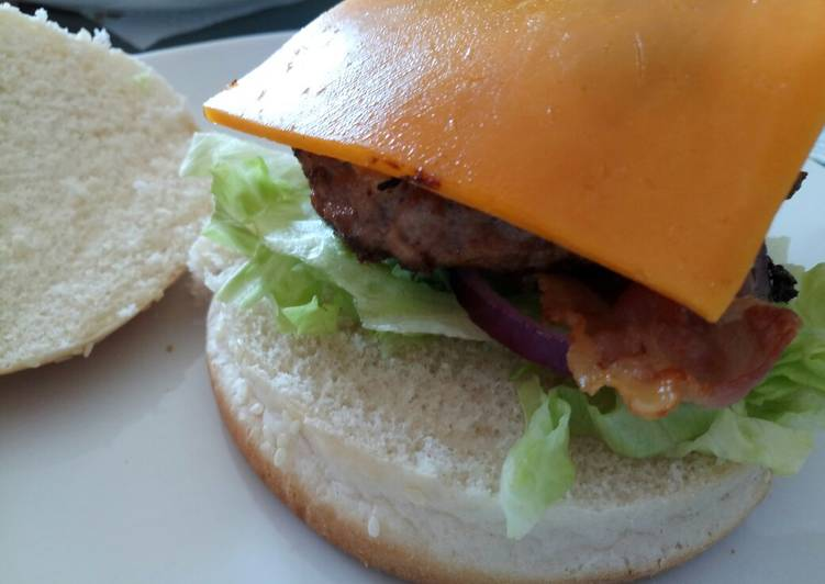 Easiest Way to Prepare Yummy Pork and Apple burger with Cheddar and mustard mayo