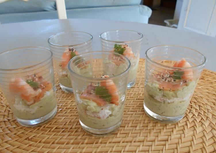 Verrines crème d'avocat et crevettes