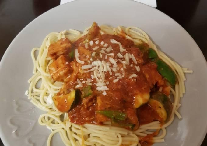 My Quick Chicken Tomato & Grated Mozzarella Cheese on Spaghetti