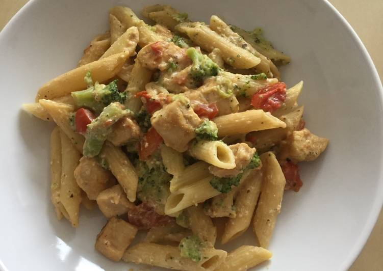 Recipe of Ultimate Broccoli, tomatoes pennes pasta