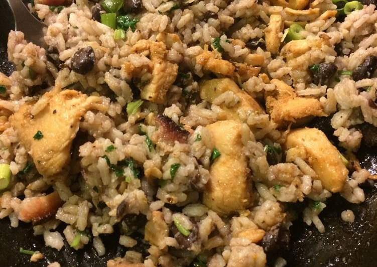 Easiest Way to Prepare Perfect Chicken & Rice with Black Beans