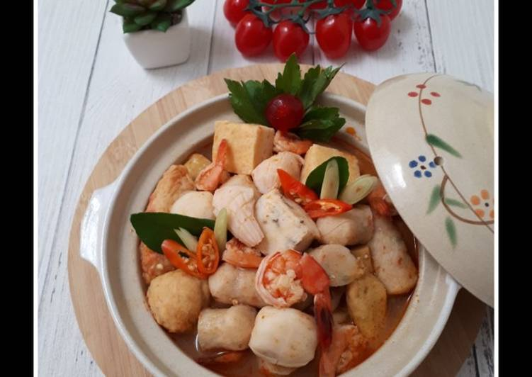 Tom Yum Goong Seafood