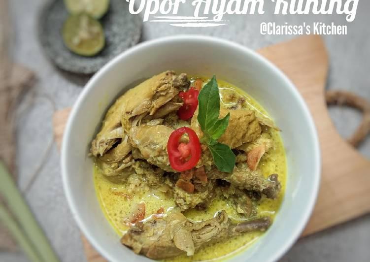 Opor Ayam (kuning)