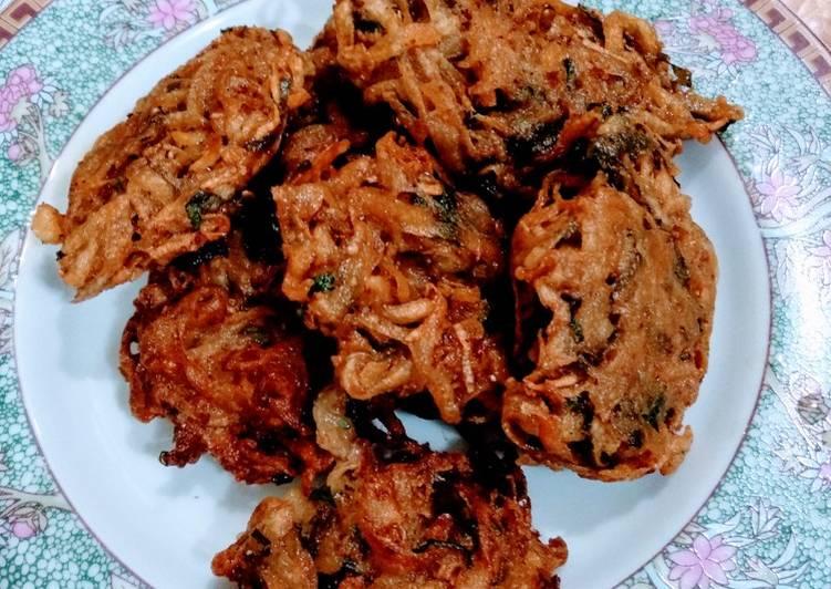 Kentang Goreng مقلية بطاطس