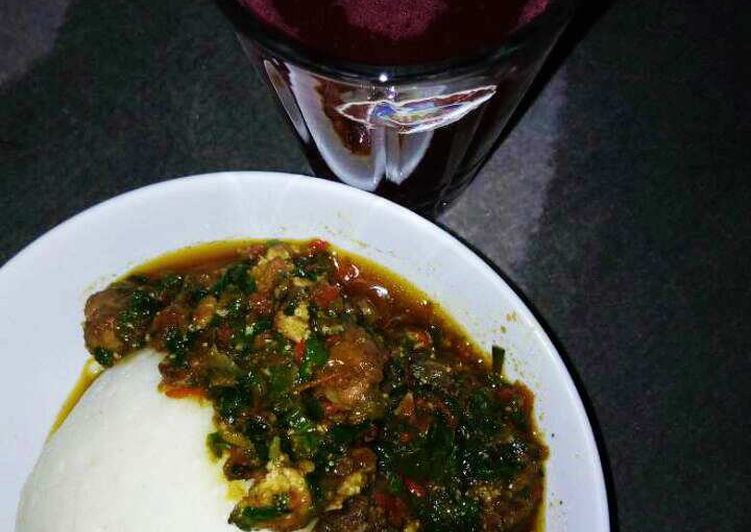Easy Cheap Dinner Pounded yam wit vegetable soup nd zobo drink