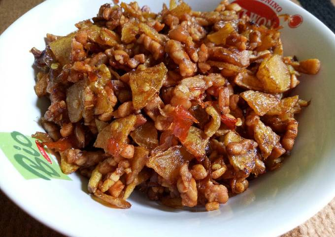 sambal goreng tempe kentang kering - resepenakbgt.com