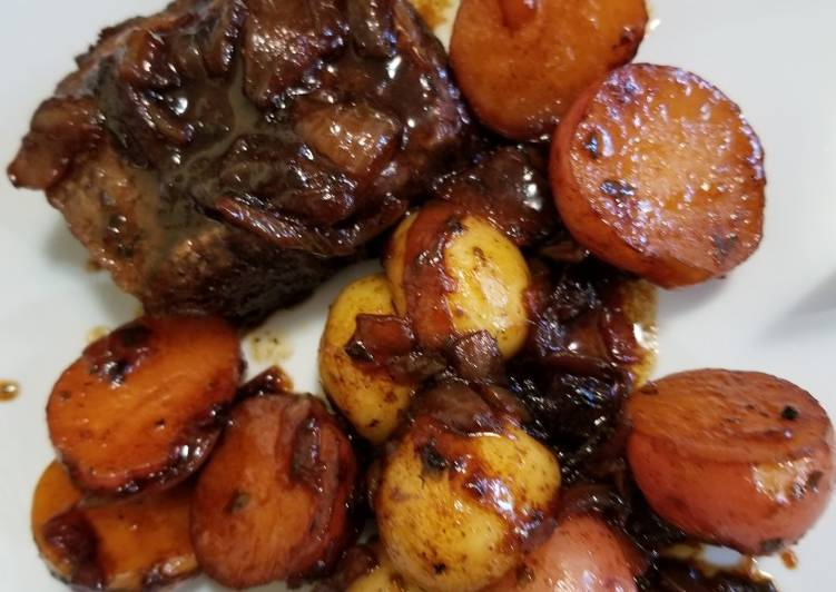 Simple Way to Make Homemade Roasted Boneless Short Ribs + Baby Potatoes