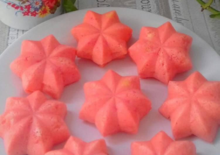 Bolu kukus strowberry debm