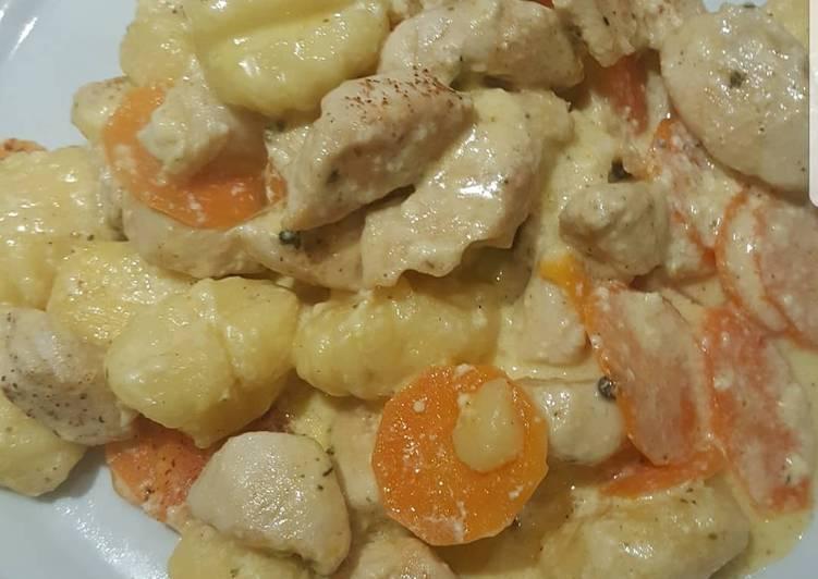 Gnocchi Putenpfanne mit Gemüse
