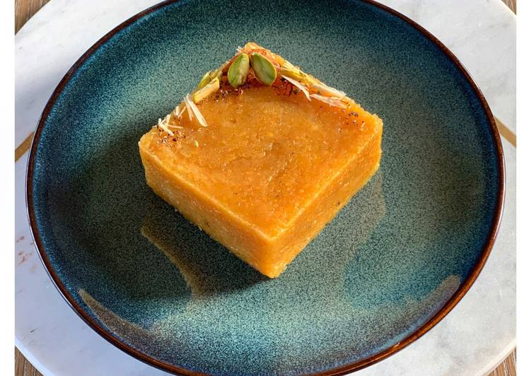 Saffron and Mung dal halwa (Saffron and Petite yellow lentil fondant)