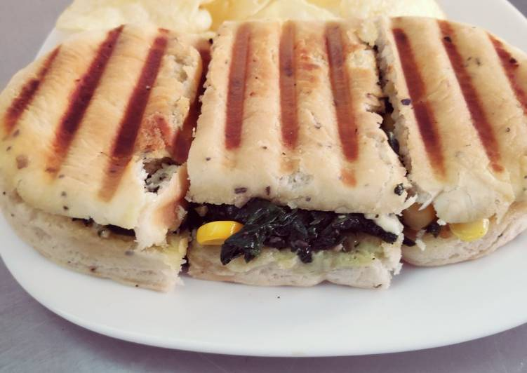 Spinach Corn & Cheese sandwich, Are Superfoods Really As Good As They're Made Out To Be?