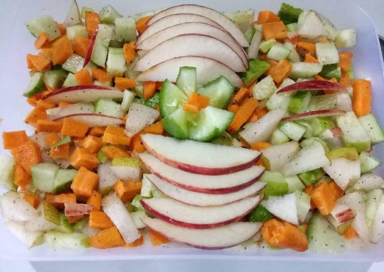 Recipe: Appetizing Fruits & veg salad