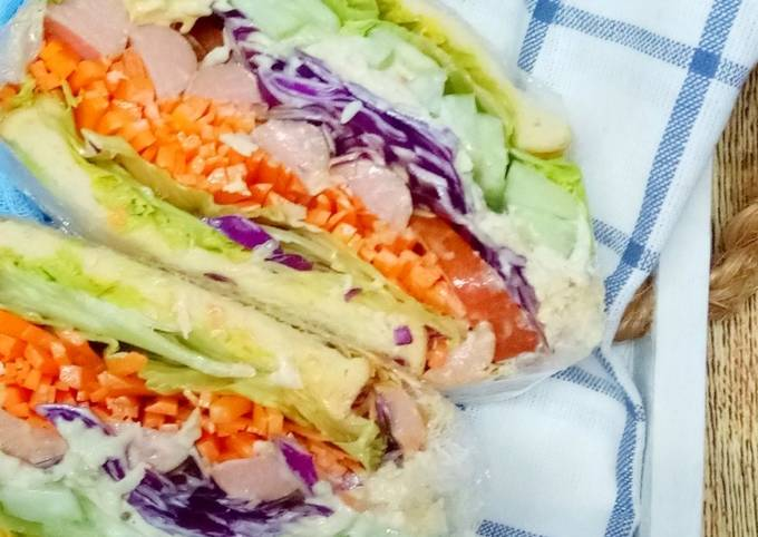Sandwich Wanpaku Ayam dan Sosej
