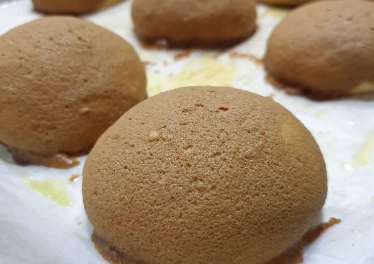 Mexican bun / coffee bun / roti boy