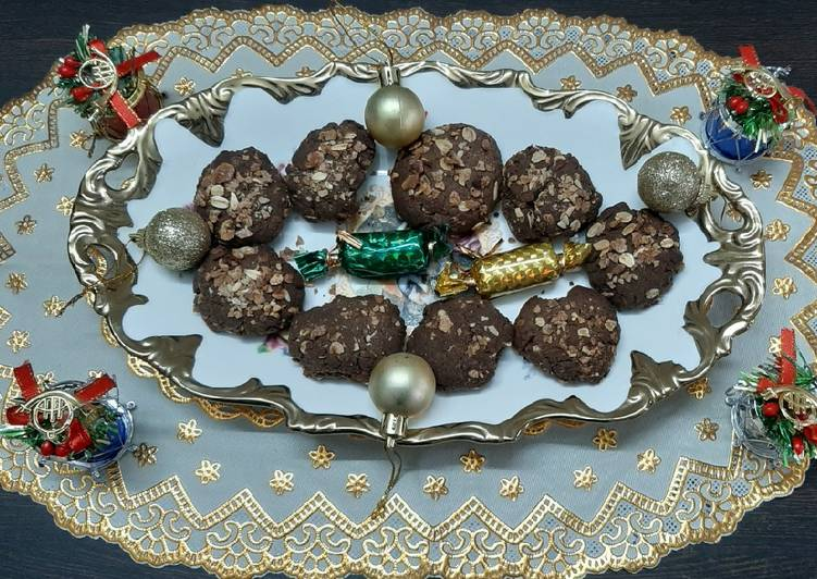 Selecting The Best Foods Can Help You Stay Fit As Well As Healthy Chocolate oats cookies
