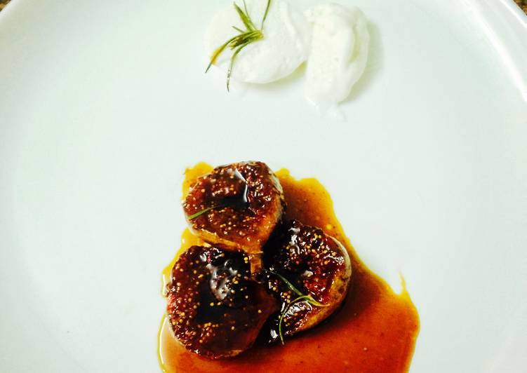 Recipe of Speedy Roasted Figs with Balsamic and Rosemary