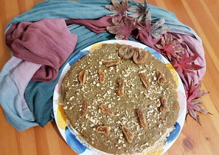 Ricetta Cheesecake ai fichi secchi e nocciole