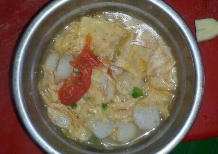 Sup baso dan kembang tahu