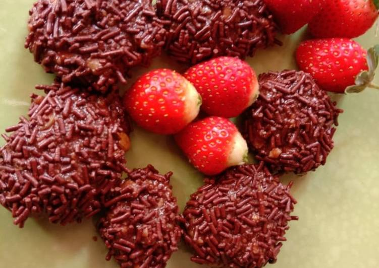 Bola Bola Coklat Kacang Merah....lezat.