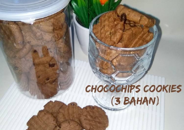Cara Gampang Menyiapkan Chocochips Cookies (3 Bahan), Bisa Manjain Lidah