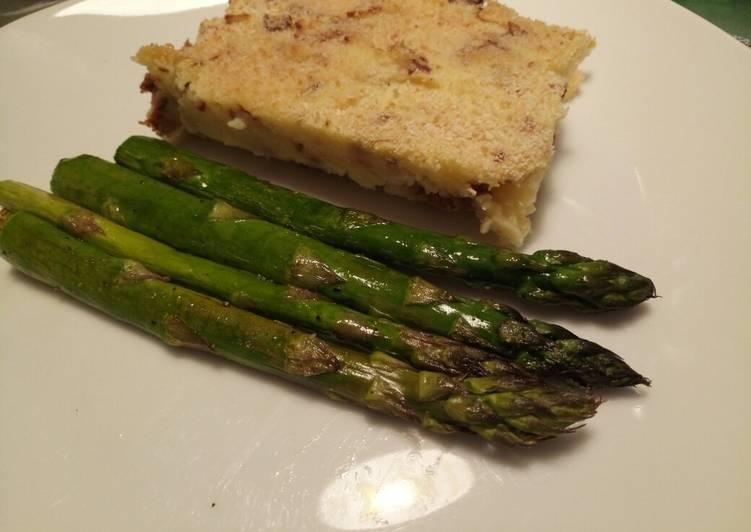 Recipe of Quick Potato pie, with pancetta & chanterelle mushrooms & asparagus