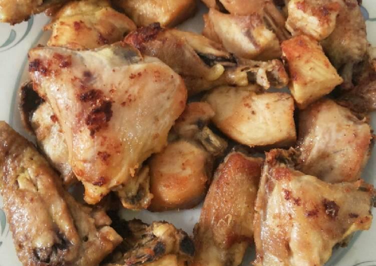 Ayam goreng bumbu kuning enak dan empuk (Ayam goreng lengkuas)