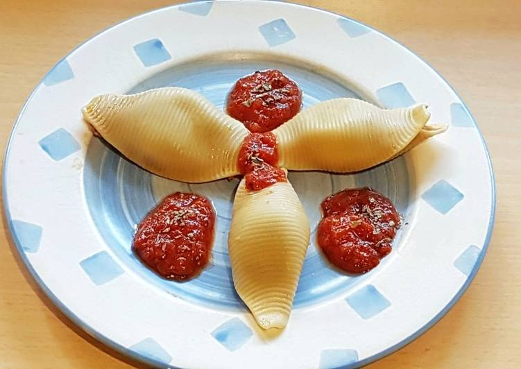 Conchiglione ripieni sapore di mare