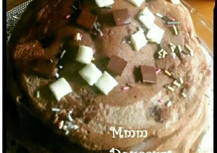 Pancakes de manioc au chocolat, fourrés aux pépites 3 chocolats ♥