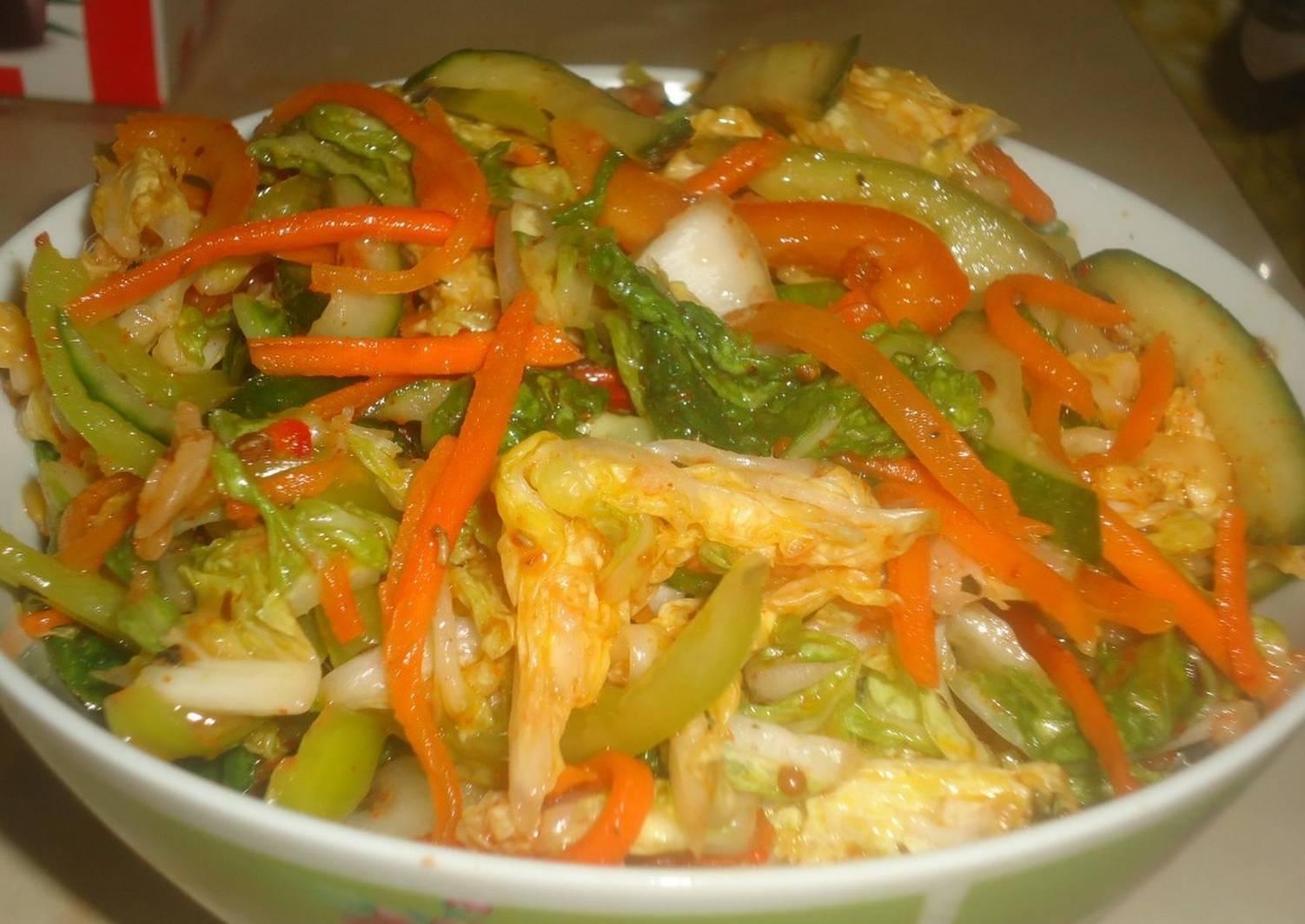 реализовать салаты из корейской капусты рецепты с фото дадим ответы вопрос
