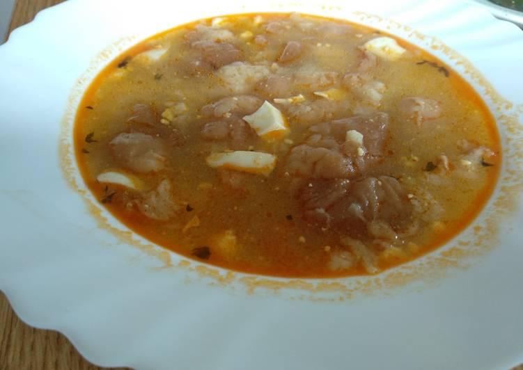 Sopa pobre (sopa de pan o de ajo)