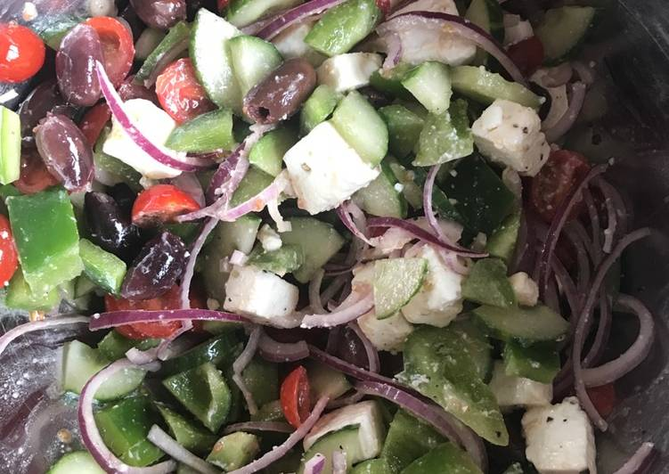 Living Greener for Good Health By Consuming Superfoods, Greek Salad