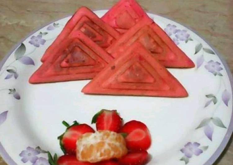 Sandwich maker mini Strawberry Cakes