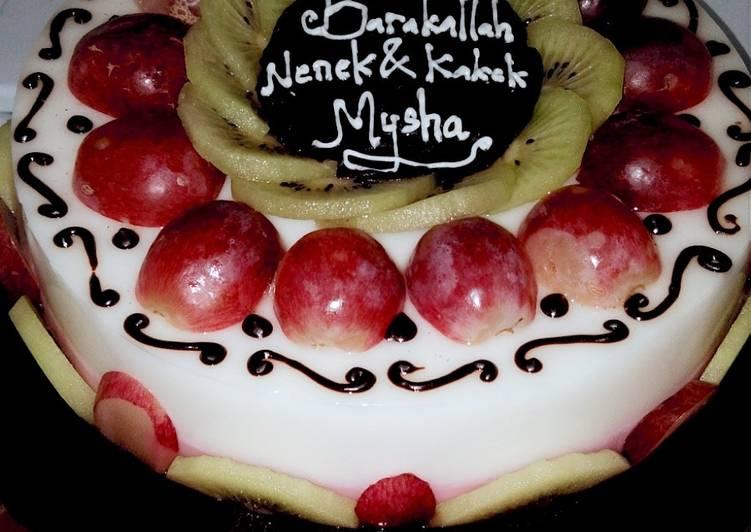Pudding Ulang Tahun (rasa susu dan strawberry)