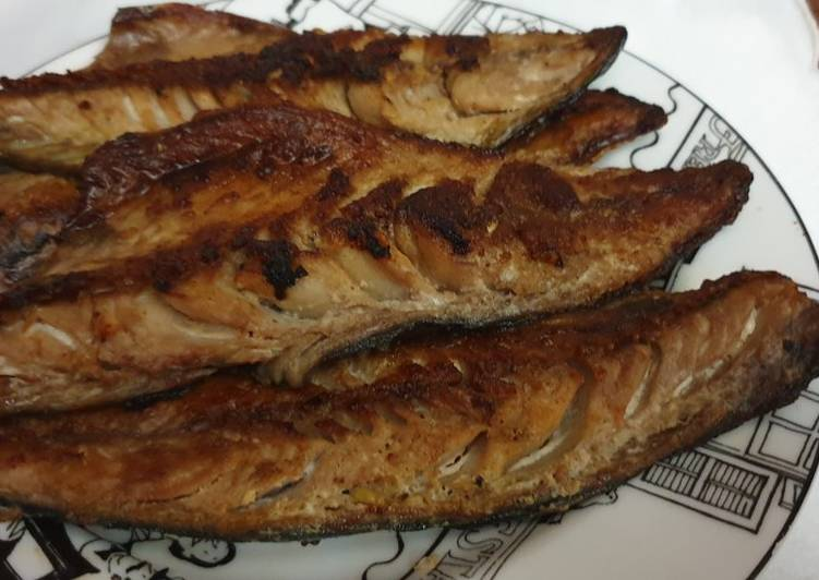 Resep Ikan Makarel Bakar Oleh Meidari Nawawi Cookpad
