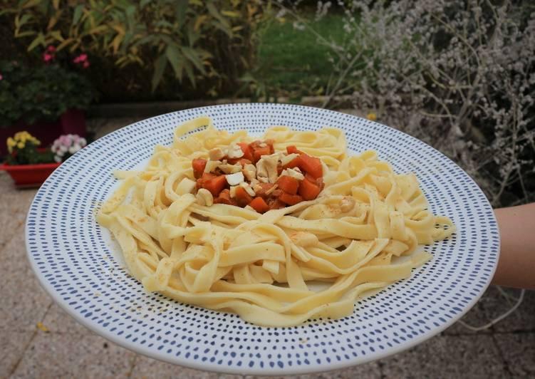 Tagliatelles aux carottes croquantes