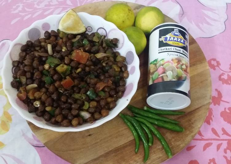 Chola- Bengali Kala Chana Masala, Foods That Are Helpful To Your Heart