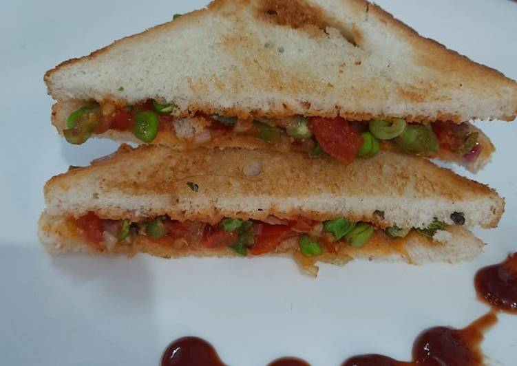Turn to Food to Elevate Your Mood Barbeque Peas Sandwich