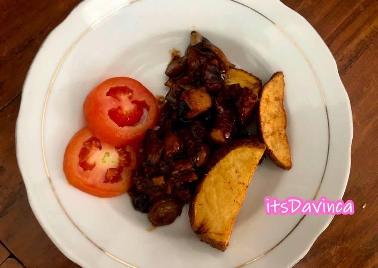 Gurita Merang Lada Hitam with kentang bumbu