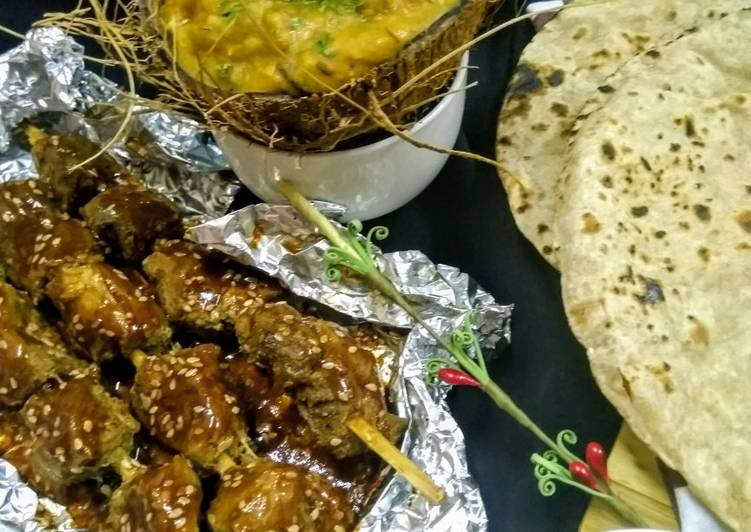 Mix lentils with Arabic recipe and saucy Mutton boti