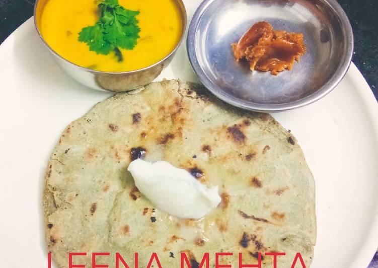 20 Minute Dinner Ideas Summer Brinjal Kadhi with bajra roti