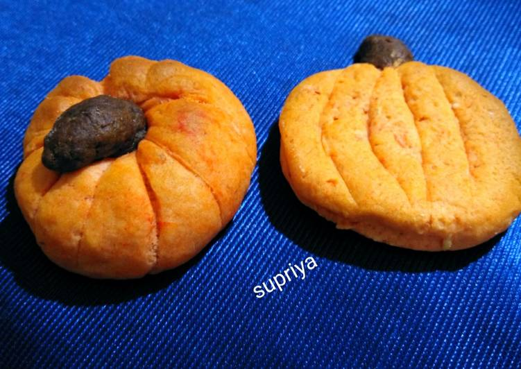 Eggless Pumpkin shape Cashew cookies