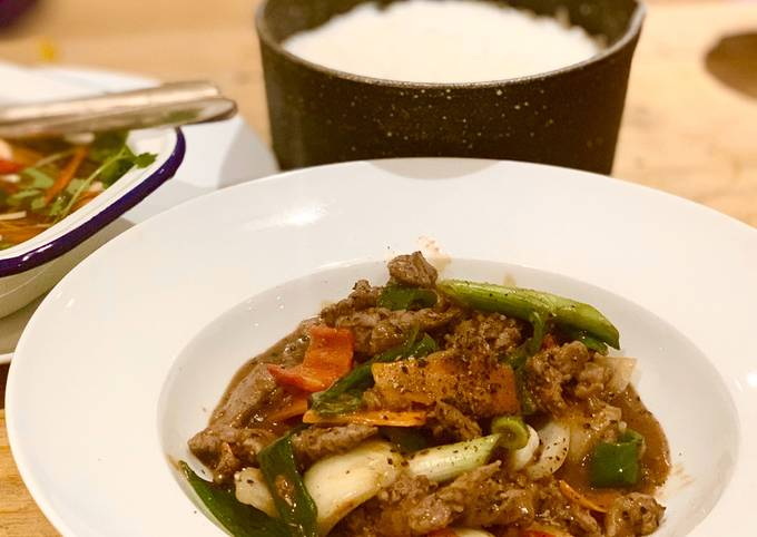 Beef & Oyster sauce with black pepper