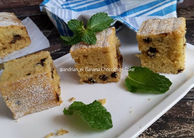 Banana Chocochips Cake
