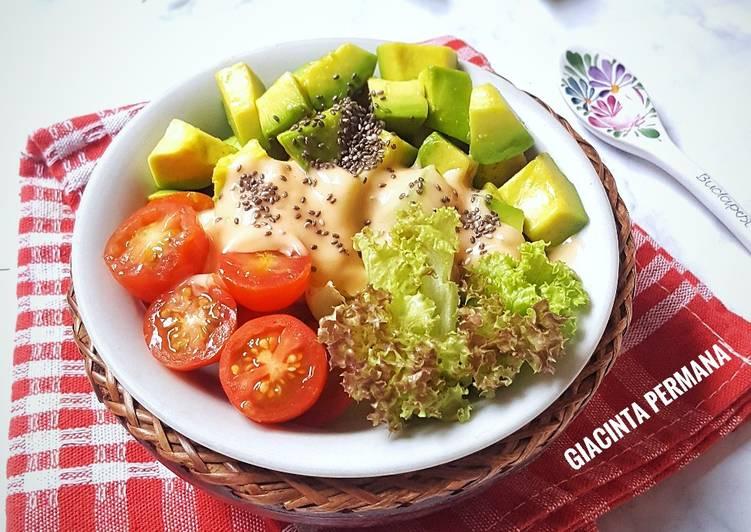 Resep Salad Alpukat Dan Saus Simple Homemade Oleh Giacinta Permana Cookpad