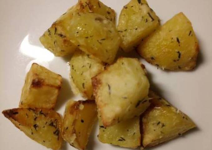 Thyme and Parmesan roasted potatoes