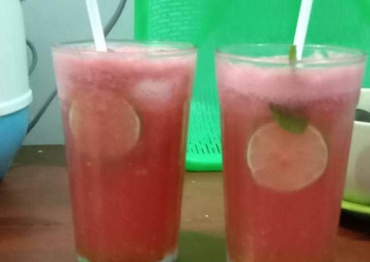 Watermelon mojito home made 🍹 without soda