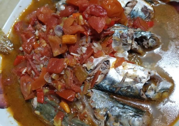 Ikan laut Asam manis pedes